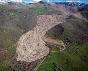 Vibrations make large landslides-GeologyPage