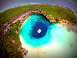 Dean's Blue Hole 1