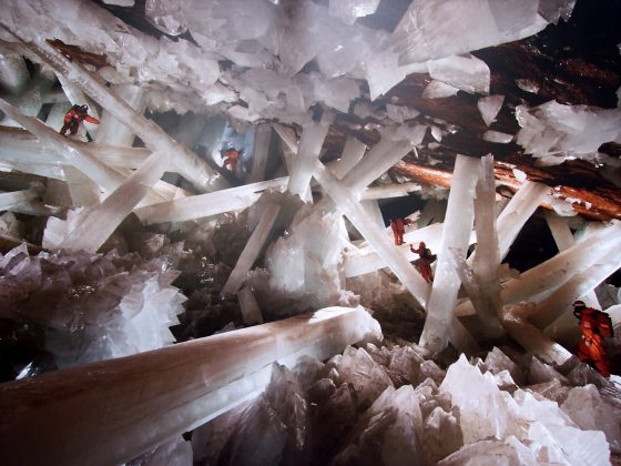 crystal cave geology Cave of crystals giant crystal cave | #geology #geologypage #caveofcrystals #cave #mexico one of the world's most spectacular geographical discoveries.