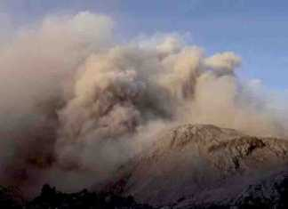 The Santiaguito volcano: The Santiaguito dome complex in Guatemala regularly spews out plumes of gas and volcanic ash.