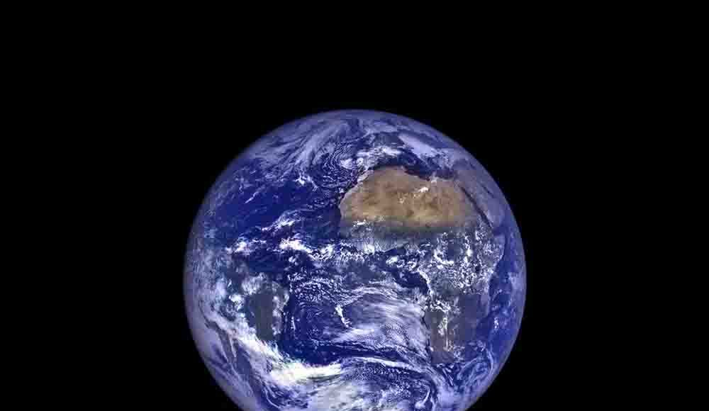 The rising Earth from the perspective of the moon.