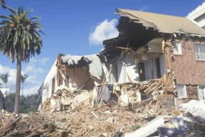 Earthquakes run in packs, but you can hear them coming, as noted in research from Los Alamos National Laboratory and California Institute of Technology.