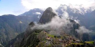 Machu Pichu. Detailed mapping indicates the World Heritage Site's location and layout were dictated by the underlying geological faults. Photo taken 5 Nov. 2010; credit: Rualdo Menegat.