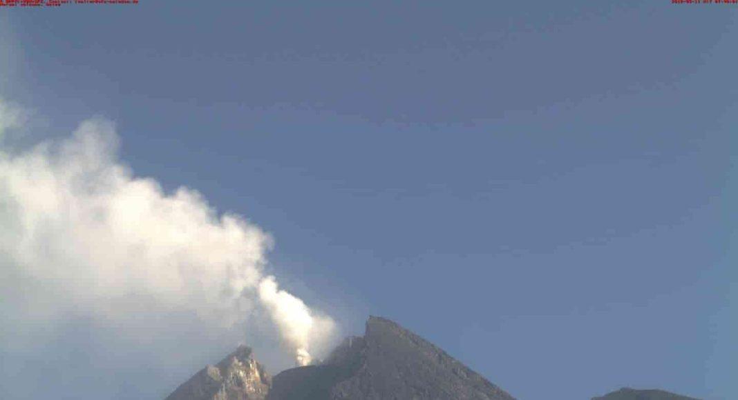 The eruption of the Merapi on 11 May 2018. Credit: Université de Strasbourg/Uppsala University/Technical University of Munich/The University of Leeds/Universitas Gadjah Mada/German Research Center for Geosciences