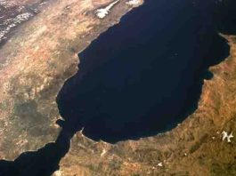Satellite image of the Gibraltar Arc. Credit: NASA