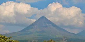 Arenal, a major tourist attraction in Costa Rica, is one of the most active volcanos in Central America. Credit: Ernesto Tejedor