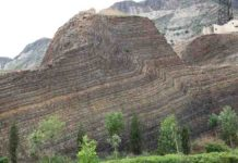 The Xiamaling Formation in China, which contains fossilised algae from primeval times. Credit: © Don E. Canfield
