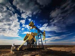 A new study led by A&S professor Tao Wen used a novel method of machine learning to explore the environmental impact of oil and gas drilling.
