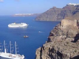 The cliffs of the volcanic island of Santorini showing the layers of deposits from past volcanic eruptions. Credit: co-author Dr. Ralf Gertisser (Keele University).